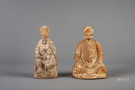 Two Chinese carved wood figures with traces of polychromie, 18th/19th C.