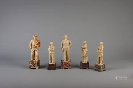 Five Chinese soapstone figures, Cultural Revolution, 20th C.