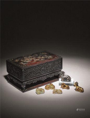 各式瑞兽珍藏一组(古玉瑞兽三件、铜鎏金兽二件、铜错金银兽一件 共六件)