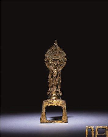 隋 铜鎏金佛像 附紫檀佛龛