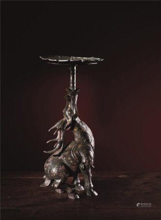 战国 青铜错金银天鹿灯座
