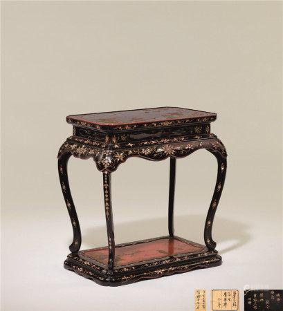 十七-十八世纪 黑漆描金小香几