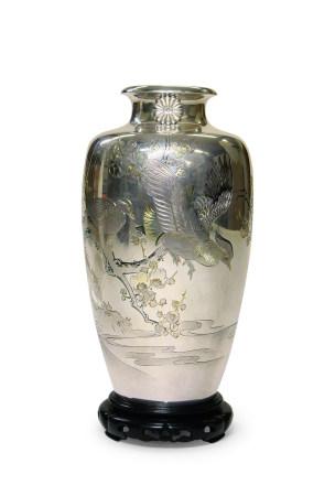 纯银花鸟花瓶
