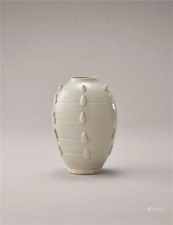 宋代 白瓷多角罐