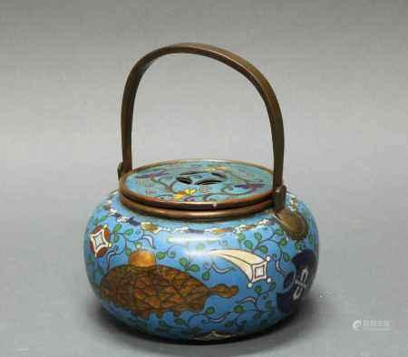 Weihrauchbrenner, Japan, spätes 19. Jh., Cloisonné, bauchige Form mit flachem, im shippô-Motiv