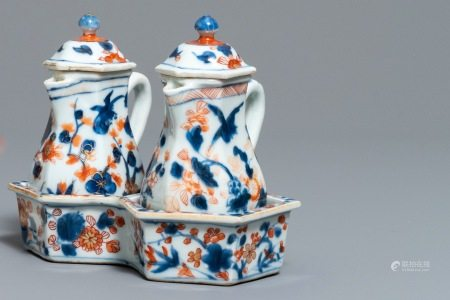 A Chinese Imari style cruet set with floral design, Kangxi