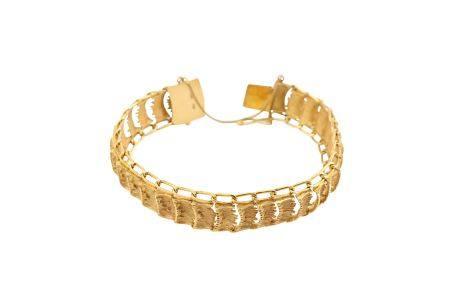 A textured fancy-link bracelet