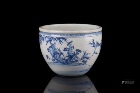 CHINESE BLUE & WHITE PORCELAIN PLANTER BOWL