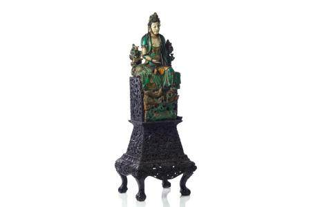CHINESE MING SANCAI SEATED GUANYIN ON WOOD STAND