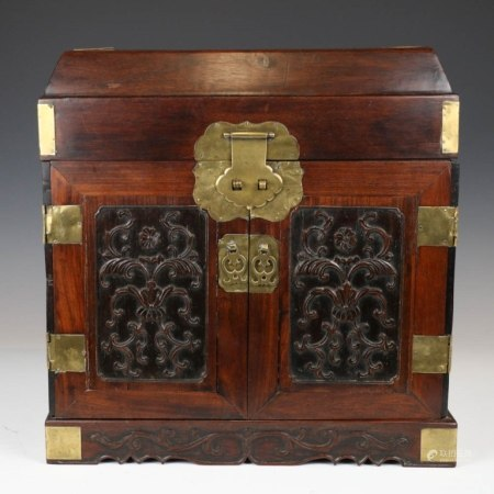 CHINESE RECTANGULAR HARDWOOD TABLE-TOP CHEST QING