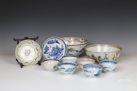 TEN FAMILLE ROSE, BLUE AND WHITE WARES, 18/19TH C.