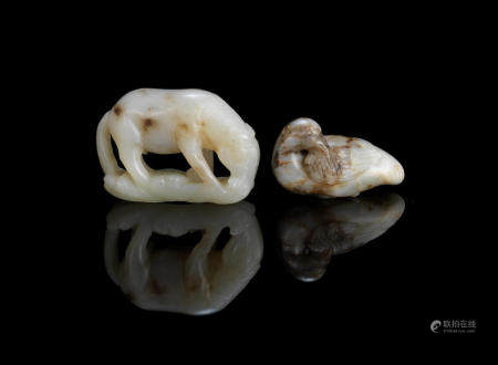 A jade 'horse' carving and a jade 'Mandarin duck' carving Ming Dynasty (2)