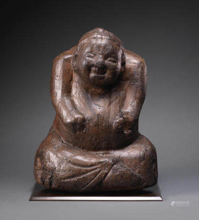 A very rare carved wood seated figure  Han Dynasty (2)