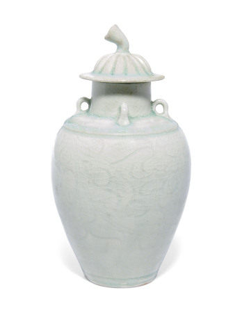 NORTHERN SONG DYNASTY (960-1127) 北宋 青白釉盖瓶