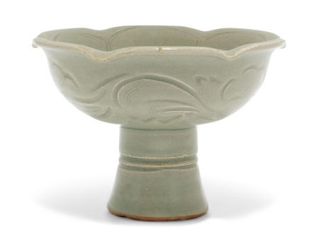 YUAN DYNASTY (1279-1368) 元 龙泉青釉高足杯