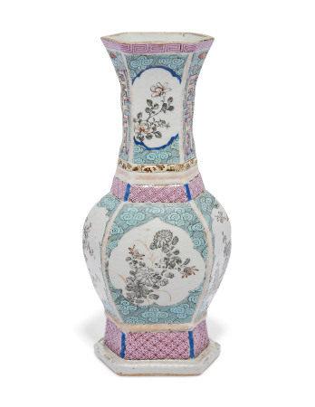 YONGZHENG-EARLY QIANLONG PERIOD (1723-1795) 清雍正/乾隆早期 粉彩花卉纹瓶