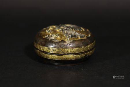 明 銅嵌銀粉盒