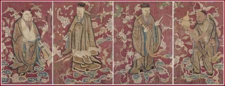 SUITE DE QUATRE (4) PANNEAUX DE SOIE BRODES Chine, Dynastie
