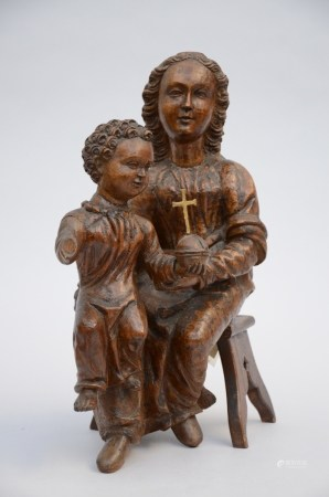 Wooden sculpture 'Madonna with child' (17x30x43cm)