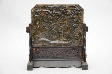 A Chinese table screen in soapstone (*) (15x34x38cm)
