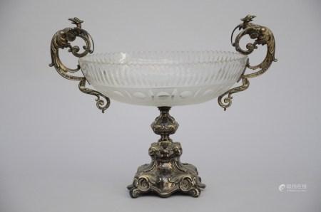 A crystal milieu de table with silver mounts (*) (24x43x35cm)