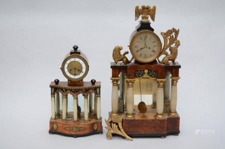 Lot: 2 Biedermeier clocks (*) (47cm)