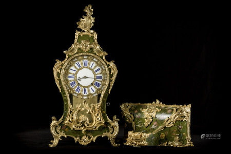 A clock in Vernis Martin with enamelled dial and gilt bronze ornaments 'Vandercruse - Delacroix ‡