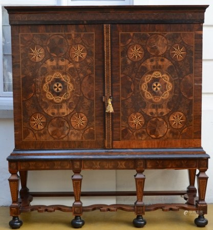 Large cabinet with inlaywork, Dutch 18th century (63x190x206cm)