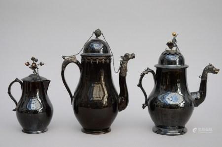 three coffee pots in Namur stoneware, 18th century (34cm)