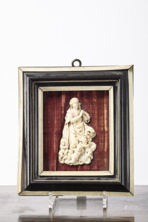 Bas-relief in ivory 'Madonna with angels' 17th century (12x7cm)