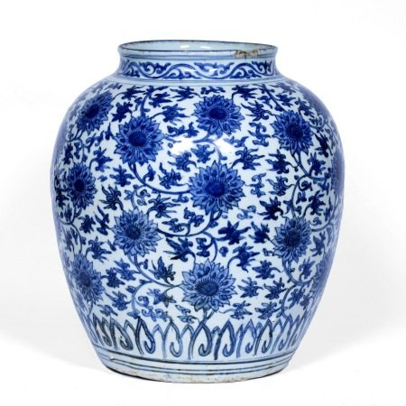 Blue and white ovoid bodied jar Chinese, late Ming (1368-1644) decorated with an overall Indian