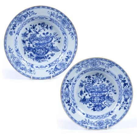 Pair of blue and white export bowls Chinese, 18th Century each decorated with a central scene
