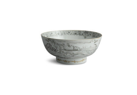 A CHINESE 'EN GRISALLE' PUNCH BOWL, Qianlong (1736- 1795), of circular form, decorated to the