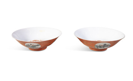 A PAIR OF CHINESE FAMILLE ROSE CORAL GROUND BOWLS, 19th Century, each exterior painted and enamelled
