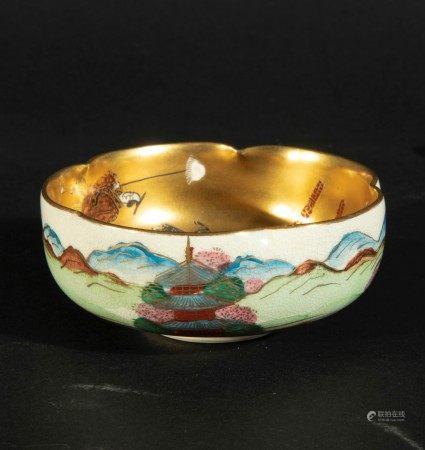 A Satsuma porcelain bowl, Japan, early 1900s