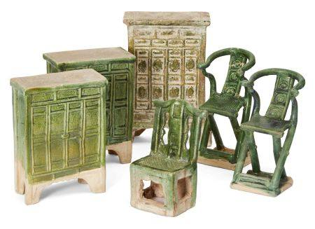 A collection of Chinese stoneware miniature green-glazed furniture furniture, Ming dynasty,