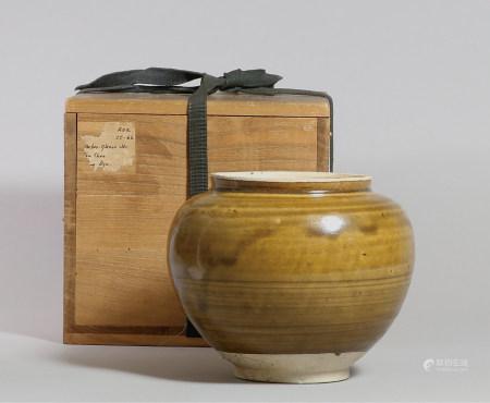 唐 褐釉罐