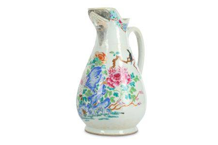 A LARGE CHINESE FAMILLE ROSE 'MAGPIES AND LYCHEES' JUG.