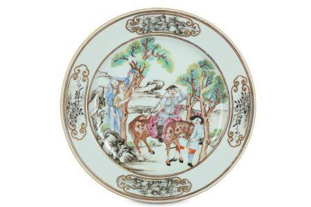 A CHINESE FAMILLE ROSE 'DON QUIXOTE' PLATE.
