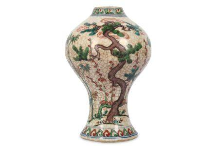A CHINESE FAMILLE VERTE 'THREE FRIENDS OF WINTER' BALUSTER VASE.