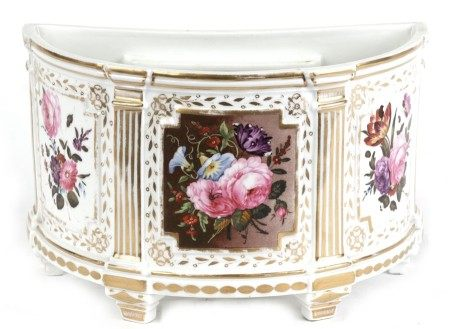 A 19th century bow pot decorated with flowers within panels, 21cms (8.25ins) wide.