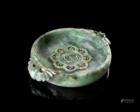 RINCE-PINCEAUX EN JADÉITE, Chine, fin de la dynastie Qing, f