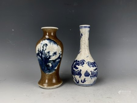 Two Antique Chinese Porcelain Vase