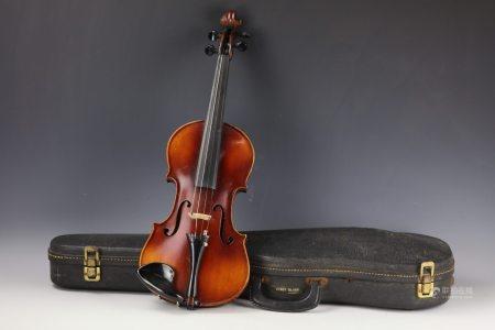 A Violin by Straduvari Davis with Original Case