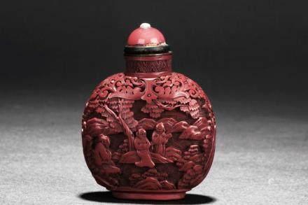 清乾隆 雕漆人物剔红鼻烟壺