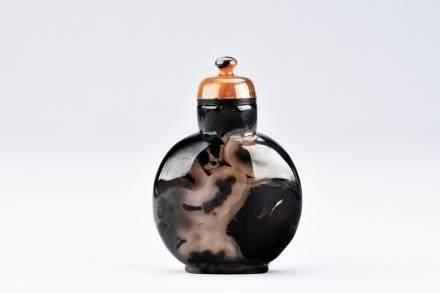 民国 皮影玛瑙鼻烟壺