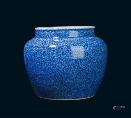 清代 雪花蓝釉罐