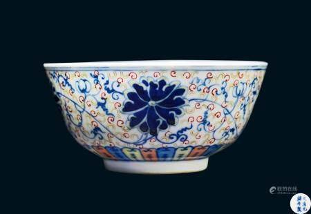 清代 清光绪斗彩缠枝花卉纹碗