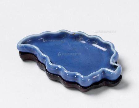 清乾隆 霁蓝釉树叶型洗