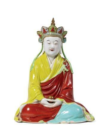 清乾隆 粉彩地藏王菩萨坐像